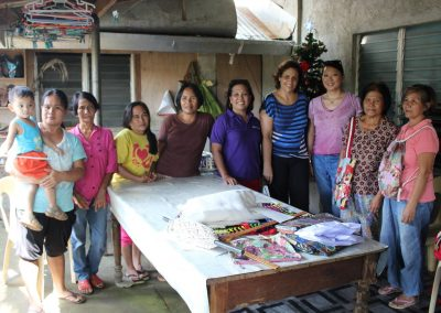 Formation couture aux mamans des enfants parrainés par Caméléon