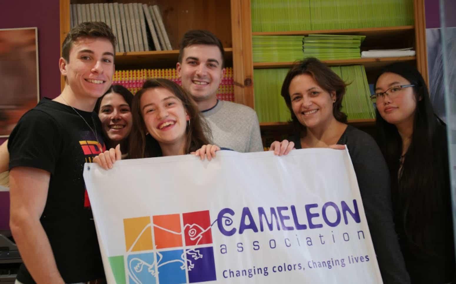 Soutenez nos Actions France avec les Petits Caméléons!