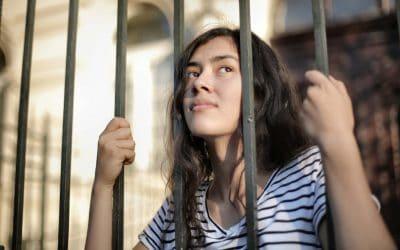 Le Covid-19 : révélateur et catalyseur de l'isolement et des violences subies par les enfants et les adolescents en France